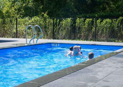 zwembad-camping-de-uitwijk